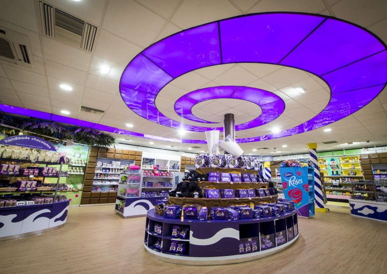 Cadburys World Birmingham Special Offer. Anyone who ever read Roald Dahl's Charlie and the Chocolate Factory as a child would have dreamed of visiting Willy Wonka and his river of chocolate, jelly bean stalks and cream-spouting mushrooms.