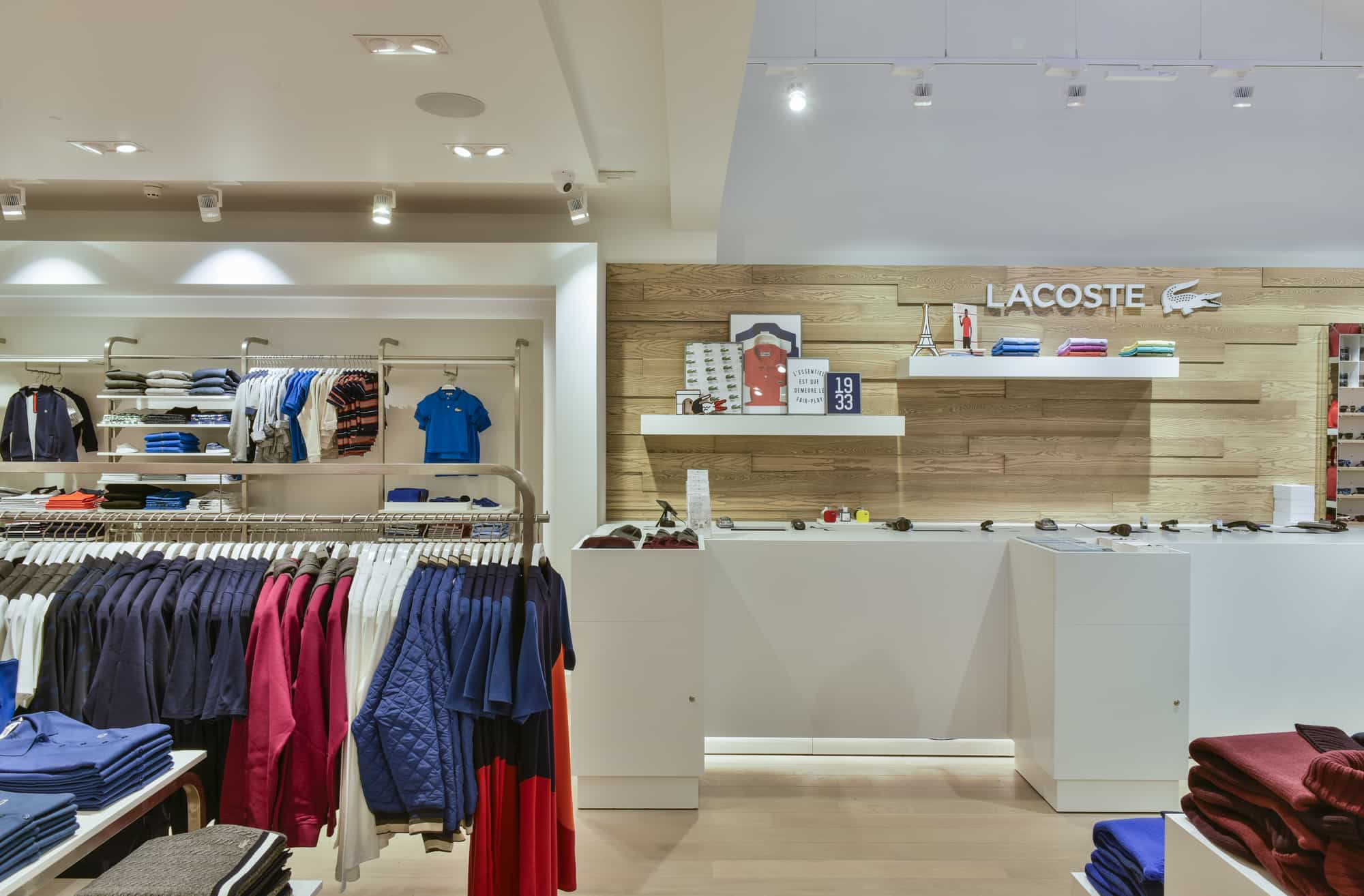 Lacoste Bicester Installation