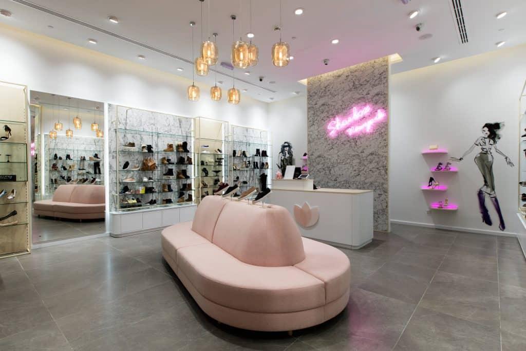 Adidas Shoebox Shop shoebox new york hits kuwait - design4retail